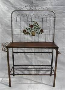 Garden Gate Potting Bench