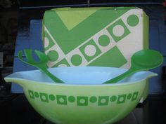 origin box, salad bowl, green salads, squar salad, green dot, dot squar, squar pyrex