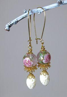 Pink Rose Floral Earrings by BluKatDesign on Etsy #handmade  #vintage inspired