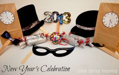 One Artsy Mama: Ringing in a New Year, Artsy-Family Style
