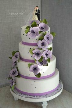 color, tiffany blue, simple cakes, flower cakes, purple flowers, romantic weddings, purple roses, cake toppers, purple wedding cakes