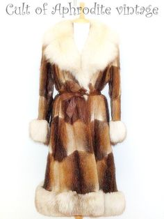 50% OFF Shipping // Vintage 70s Muskrat Musquash Arctic Silver Fox FUR Trim Belted Winter COAT. $510.99, via Etsy.