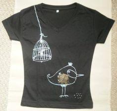 camisetas de diseño, pintadas a mano y con divertidos apliques $30.000