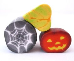Jack O Lantern and Spider Web Polymer Clay Cane Tutorial by Meg Newberg of The Polymer Workshop
