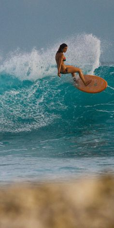 Kassia Meador in the Maldives with the Roxy team. She's got one of the best styles around!