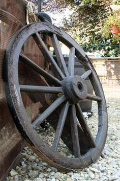 western feel, wagon wheels, sweet, western decorating, homes, wagons, decorate home, countri