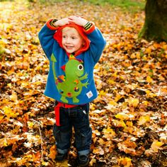 Mom-a-Logues Reviews & Giveaways: Bee Free Kids Clothing Review & Giveaway