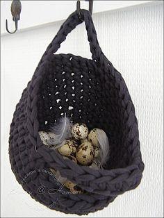 Bizzy @T. home: Mandje haken... crochet basket