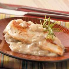 Chicken with Rosemary-Onion Sauce