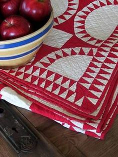 Outstanding Antique Vintage c1930 Red Amp White New York Beauty Variation Quilt | Vintageblessings