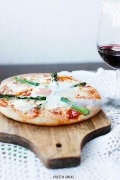 Asparagus & Egg Pizza