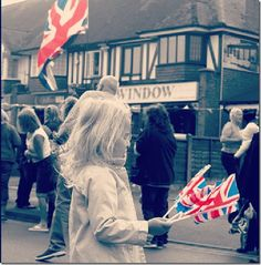 Learn about England from an English blogger!