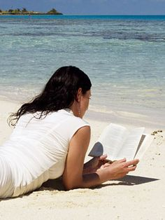 5 Summer Beach Reads for Foodies #books #food #reading #summer