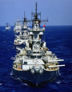 USS New Jersey (BB-62) leading USS Missouri (BB-63) and other vessels in July 1988.