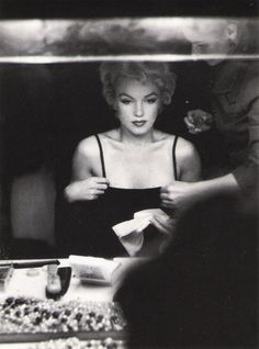Marilyn Monroe. Photo: Sam Shaw, 1954.