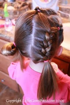 Tips from a Typical Mom: Easy girls hair do for a school morning