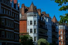 Million-Pound Home Sales Soar in U.K. as Rich Change Lifestyle