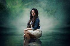 senior girl photography, water photography, fog, magical, beautiful, Lisa Karr Photography, Beloit Wisconsin, Find on Facebook