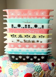 Stack of Pyrex by lolie jane, via Flickr