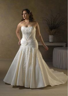 Taffeta Strapless Mermaid Hot Sell Plus Size Wedding Dress with Beads Lace