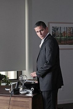 Still of Jim Caviezel in Person of Interest
