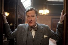 Still of Geoffrey Rush in The King's Speech