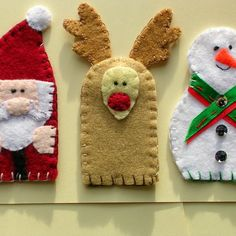 Christmas finger puppets. These would be wonderful to tell Christmas stories to the little ones.