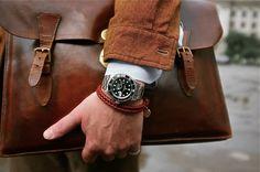 Man confident enough to wear a bracelet with that rolex.