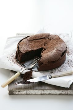 flourless chocOlate mud cake