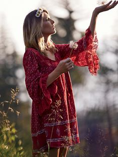 Red gypsy tunic dress for boho chic look. For the BEST Bohemian Style FOLLOW http://www.pinterest.com/happygolicky/the-best-boho-chic-fashion-bohemian-jewelry-gypsy-/ now.