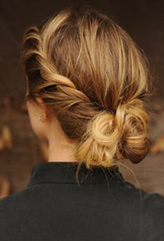 This twisted low bun is the perfect fall hairstyle