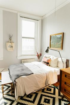 wall colors, grey walls, textile patterns, lovely bedroom, bedroom textil, pretty rugs, guest rooms, bohemian decor, apart