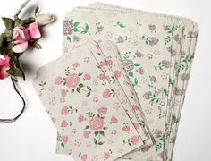 Vintage Style Rose Printed Paper Bag in 2 Colors Assort of Sweet Flora Pattern - Set of 40, for craft , gift wrapping. $7.50, via Etsy.