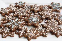 Gingerbread Cookies {Recipe} - Glorious Treats