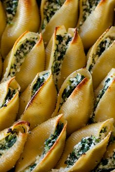 Homemade Food Recipes Simple Spinach and Ricotta Stuffed Shells
