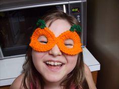 Free Pumpkin Goggles Crochet Pattern
