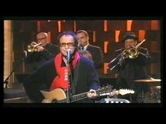 Ray Davies - Thanksgiving Day (Live on Conan O'Brien)