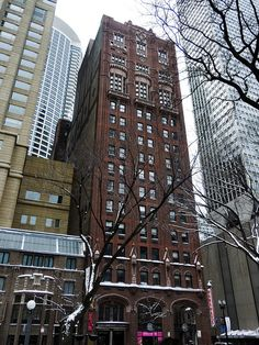Loyola University Chicago Lewis Towers - 820 North Michigan Avenue, Chicago    1927, Schmidt, Garden & Erikson
