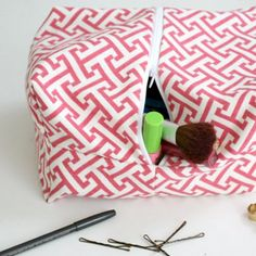 This cute toiletries bag makes the perfect DIY gift your friends can use again and again.