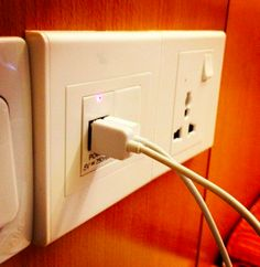 5V outlet at a Singapore Hotel
