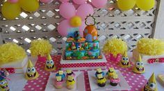 SimplyIced Party Details: Pink and Yellow SpongeBob Party