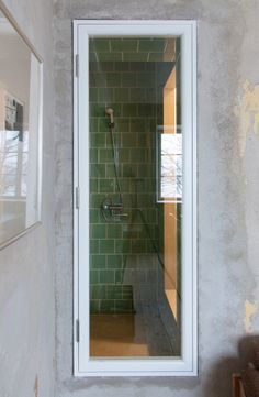 green til shower \\\ HB6B apartment renovation by Karin Matz