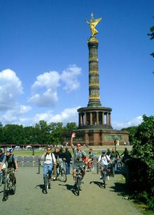 I heart the Fat Tire Bike Tour Berlin. Fab way to see a really interesting city steeped in history.