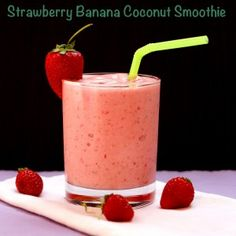 Strawberry Banana Coconut Smoothie | cupcakesandkalechips.com | #smoothie #glutenfree #vegan #strawberries