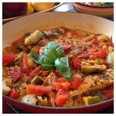 Chicken with Tomato, Zucchini and Artichokes - Italian Recipes | Paleo Recipes | Cindy's Table | Cindy Barbieri Anschutz