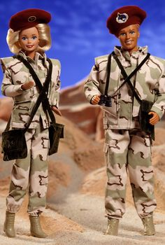 Army Barbie Doll & Ken Doll Deluxe Set - 1993 Stars & Stripes Barbie Series - Barbie Collector