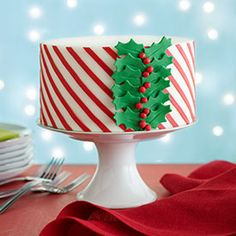 The Impressive-Looking Christmas Cake Anyone Can Make