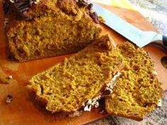 Old-Fashioned Pumpkin Nut Loaf Bread
