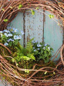 How to make a live wreath.