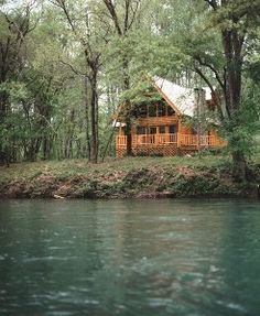 VRBO.com #386495 - Riverfront Log Cabin on the Ocoee River, Fireplace, Jacuzzi, This is a Diamond!.....I want to go here tomorrow...